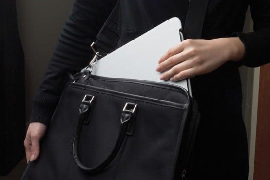 New-clever-portable-laptop-desk-Lapdesk-N315-by-Logitech-2-554x369