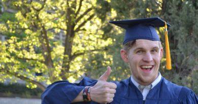 graduation-879941_1280 (1)