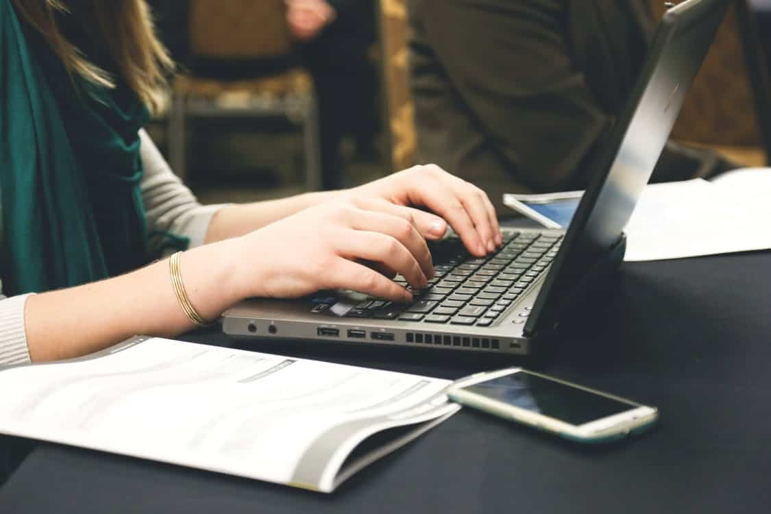 The 5 Best Laptops for Writers in 2020 (Picked by Famous Authors ...