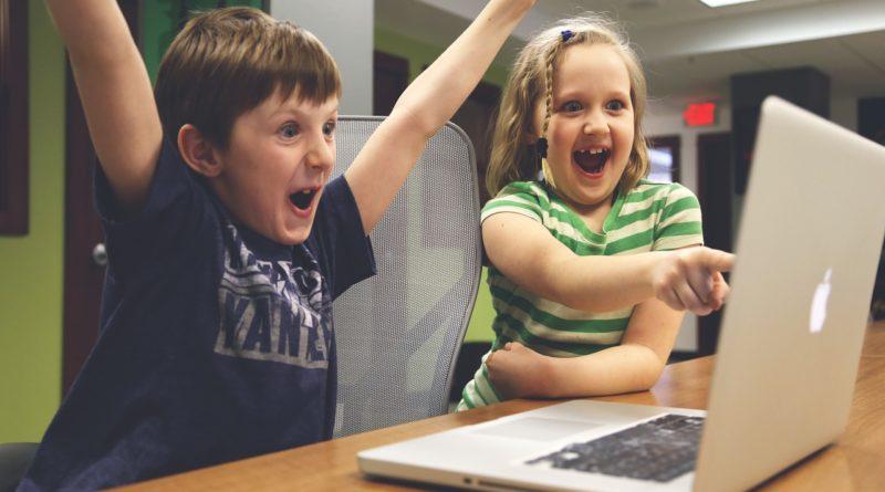 Αποτέλεσμα εικόνας για kid laptop